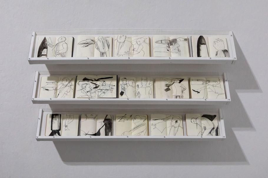 Jill Gibbon »Installation of sketchbooks drawn undercover at arms fairs - 2014-2019«, Ausstellungsansicht »Up in Arms«, Kunstraum Kreuzberg/Bethanien 2019, Photo: Julian van Dieken